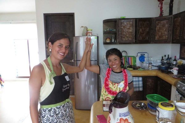 cooking-diana-and-raquel